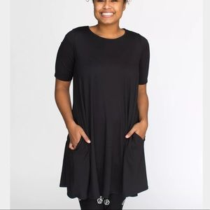 Black Swing Tunic by Agnes & Dora Large